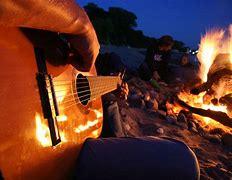Lieder und Geschichten am Lagerfeuer