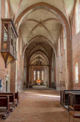 muehlberg klosterkirche innen ostblick1 hdr